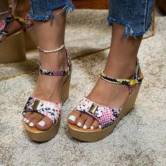 Vrouwen PU Wedge Heel Sandalen Plateau Wedges Peep Toe Hakken met Gesp Las kleur schoenen