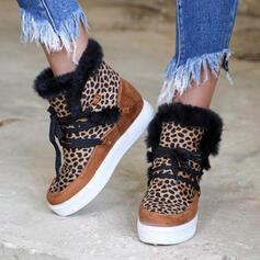Vrouwen PU Wedge Heel Flat Heel Enkel Laarzen Ronde neus Winterlaarzen met Vastrijgen Bloemen schoenen