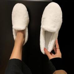 Vrouwen Fluwelen Flat Heel Flats met Effen kleur schoenen