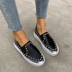 Vrouwen PU Flat Heel Flats Lage top Aantrekken met Klinknagel schoenen