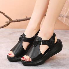 Vrouwen Suede Flat Heel Sandalen Peep Toe met Gesp Hol-out schoenen