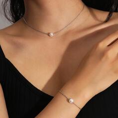 Sexy Wijnoogst Klassiek Kaart ontwerp Legering Imitatie Parel met Imitatie Parel Vrouwen Dames Kettingen Armbanden 2 STUKS
