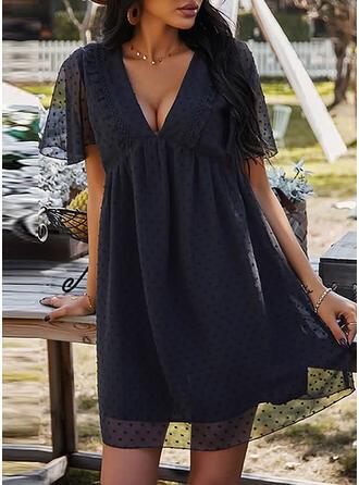 Solide Korte Mouwen/Pof Mouwen Shift Boven de knie Zwart jurkje/Casual Tunieken Jurken
